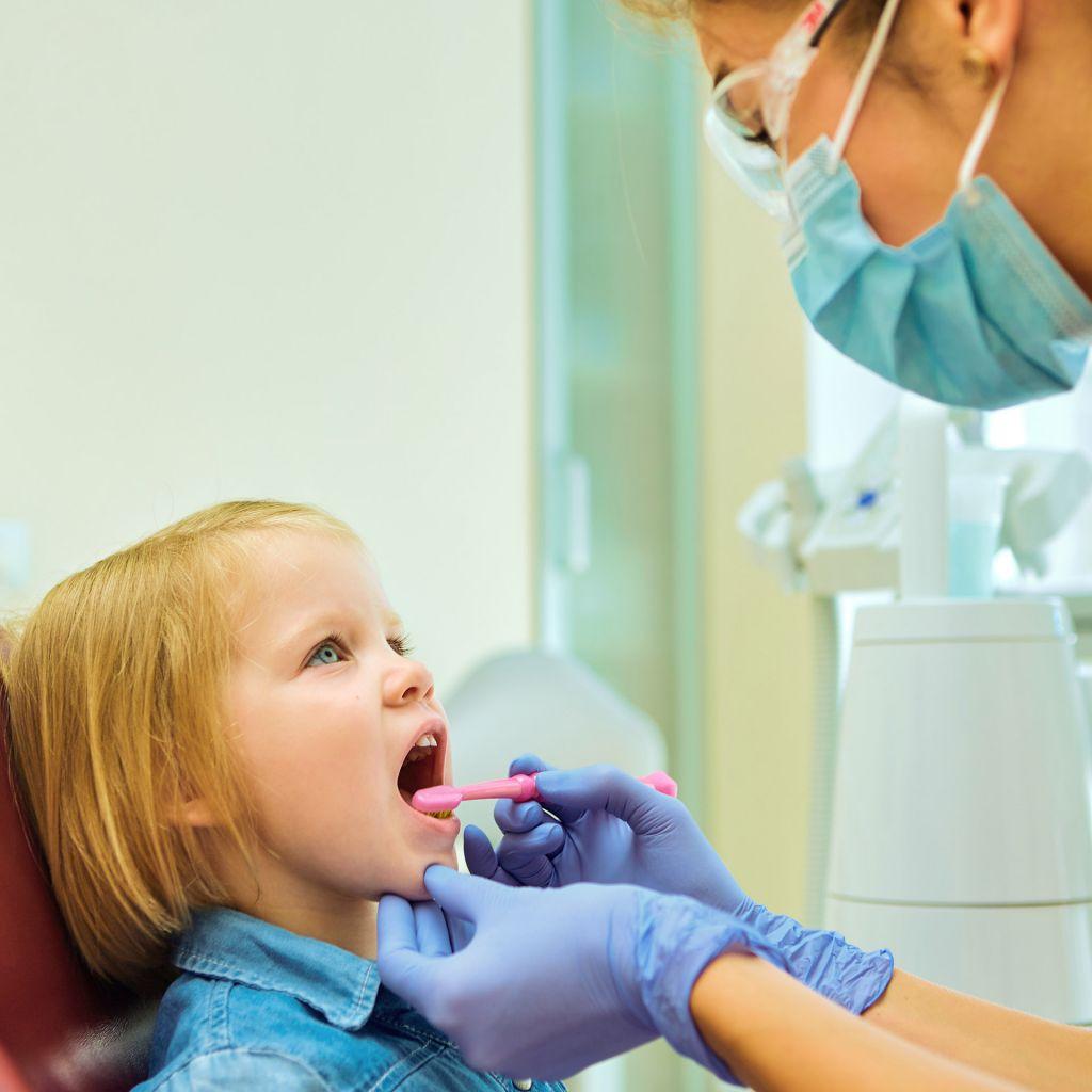 Edad primera visita al dentista